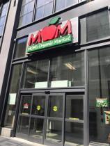 moms store